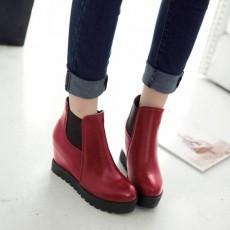 รองเท้าบูทสั้น หุ้มข้อส้นตึกแฟชั่นเกาหลีผู้หญิงหนังรุ่นใหม่เท่สุด นำเข้า ไซส์34ถึง43 สีแดง - พรีออเดอร์RB2307 ราคา1900บาท