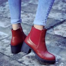 รองเท้าบูทสั้น หุ้มข้อส้นสูงมีพื้นหน้าเท้าแฟชั่นเกาหลีพื้นหยักใหม่ นำเข้า ไซส์34ถึง43 สีแดง - พรีออเดอร์RB2314 ราคา1950บาท