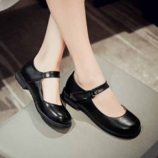 รองเท้าส้นเตี้ย เพื่อสุขภาพเท้าที่ดีแฟชั่นเกาหลีคัทชูหนังใหม่ นำเข้าไซส์33ถึง43 สีดำ - พรีออเดอร์RB2330 ราคา1800บาท