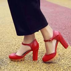 รองเท้าส้นสูง แฟชั่นเกาหลีหุ้มส้นพื้นหยักหนาเสริมหน้าเท้า นำเข้า ไซส์33ถึง43 สีแดง - พรีออเดอร์RB2331 ราคา1950บาท