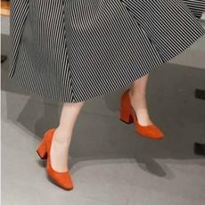 รองเท้าส้นสูง แฟชั่นเกาหลีหุ้มส้นหนังกลับคัทชูสตรีใส่สบาย นำเข้า ไซส์33ถึง43 สีส้ม - พรีออเดอร์RB2332 ราคา1950บาท