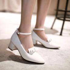 รองเท้าส้นสูง แฟชั่นเกาหลีหุ้มส้นหนังแก้วมีโบว์ผู้หญิงทำงาน นำเข้า ไซส์33ถึง43 สีขาว - พรีออเดอร์RB2342 ราคา1750บาท