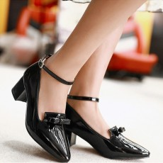 รองเท้าส้นสูง แฟชั่นเกาหลีหุ้มส้นหนังแก้วมีโบว์ผู้หญิงทำงาน นำเข้า ไซส์33ถึง43 สีดำ - พรีออเดอร์RB2342 ราคา1750บาท
