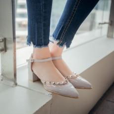 รองเท้าส้นสูง แฟชั่นเกาหลีหัวแหลมแต่งหมุดสไตล์แบรนด์เนม นำเข้า ไซส์34ถึง39 สีเทา - พรีออเดอร์RB2351 ราคา1850บาท