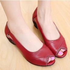 รองเท้าหนังแท้เพื่อสุขภาพ แฟชั่นเกาหลีแต่งคริสตัลหรูแบบใหม่ นำเข้า ไซส์35ถึง40 สีแดง - พรีออเดอร์RB2356 ราคา2500บาท