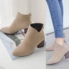 รองเท้าบูทสั้น แฟชั่นเกาหลีส้นสูงซิปหลังบุเฟอร์สวมง่ายใหม่ นำเข้า ไซส์33ถึง43 สีกากี - พรีออเดอร์RB2357 ราคา2200บาท