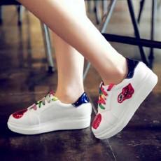 รองเท้าผ้าใบส้นหนา แฟชั่นเกาหลีผู้หญิงกลิ้ตเตอร์หัวใจ นำเข้า ไซส์33ถึง43 สีม่วง - พรีออเดอร์RB2379 ราคา1950บาท