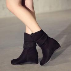 รองเท้าบูทสั้นหนังกำมะหยี่ แฟชั่นเกาหลีสวมง่ายดีไซน์ส้นเตารีด นำเข้า ไซส์33ถึง43 สีดำ - พรีออเดอร์RB2392 ราคา1850บาท
