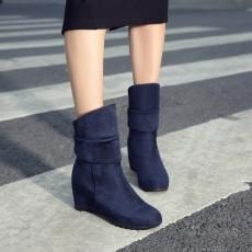 รองเท้าบูทสั้นหนังกำมะหยี่ แฟชั่นเกาหลีสวมง่ายดีไซน์ส้นเตารีด นำเข้า ไซส์33ถึง43 สีน้ำเงิน - พรีออเดอร์RB2392 ราคา1850บาท