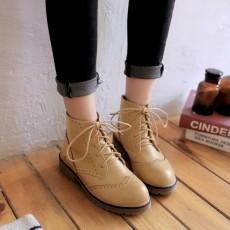 รองเท้าบูทสั้น หุ้มข้อส้นเตี้ยแฟชั่นเกาหลีสไตล์มาร์ติน นำเข้า ไซส์34ถึง43 สีครีม - พรีออเดอร์RB2393 ราคา2250บาท