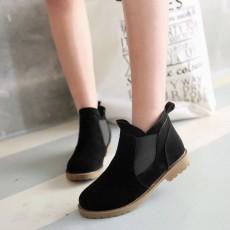 รองเท้าบูทสั้น แฟชั่นเกาหลีส้นเตี้ยหนังกลับใหม่มีไซส์ใหญ่ นำเข้า ไซส์34ถึง43 สีดำ - พรีออเดอร์RB2394 ราคา1950บาท
