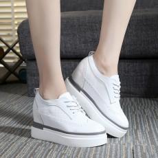 รองเท้าผ้าใบส้นหนา แฟชั่นเกาหลีผู้หญิงแบบหนังผูกเชือกใหม่ นำเข้า ไซส์33ถึง43 สีขาว - พรีออเดอร์RB2409 ราคา1800บาท