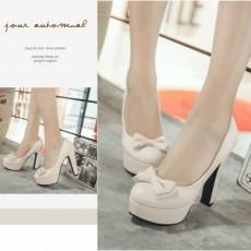 รองเท้าส้นสูง แฟชั่นเกาหลีเสริมหน้าเท้าสูงสวยมีไซส์เล็กใหญ่ นำเข้าไซส์33ถึง43 สีครีม - พรีออเดอร์RB2416 ราคา1950บาท