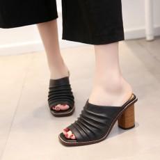 รองเท้าส้นสูง แฟชั่นเกาหลีหนังแท้ผสมสวยสไตล์วินเทจ นำเข้าไซส์34ถึง39 สีดำ - พรีออเดอร์RB2420 ราคา2800บาท