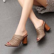 รองเท้าส้นสูง แฟชั่นเกาหลีหนังแท้ผสมสวยสไตล์วินเทจ นำเข้าไซส์34ถึง39 สีกากี - พรีออเดอร์RB2420 ราคา2800บาท