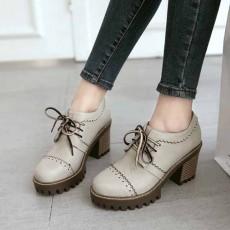 รองเท้าแฟชั่นเกาหลี หุ้มส้นหนังฉลุใส่สบายเพื่อสุขภาพไซส์ใหญ่ นำเข้า ไซส์33ถึง43 สีเทา - พรีออเดอร์RB2422 ราคา1850บาท