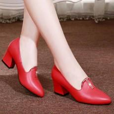 รองเท้าหนังแท้เพื่อสุขภาพ แฟชั่นเกาหลีคัทชูสวมหุ้มส้น นำเข้า ไซส์33ถึง41 สีแดง - พรีออเดอร์RB2424 ราคา1990บาท