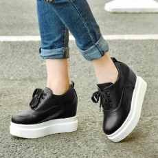 รองเท้าผ้าใบส้นหนา แฟชั่นเกาหลีผู้หญิงแบบหนังผูกเชือกใหม่ นำเข้า ไซส์33ถึง42 สีดำ - พรีออเดอร์RB2425 ราคา2100บาท