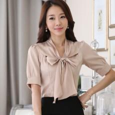 เสื้อเชิ้ตทำงานผู้หญิง แขนสั้นมีโบว์สวยแฟชั่นเกาหลี Bow Blouse นำเข้า สีเบจ ไซส์XL - พร้อมส่งSJ1391 ราคา900บาท