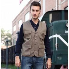 เสื้อกั๊กผู้ชาย แฟชั่นเกาหลีแจ็คเก็ตหลายกระเป๋าใส่ได้2ด้าน นำเข้า ฟรีไซส์ สีกากี - พร้อมส่งTJ7282 ราคา850บาท [หมดค่ะ]