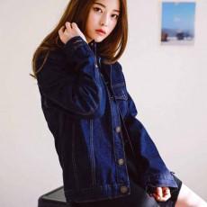 เสื้อแจ็คเก็ตยีนส์ ผู้หญิงแฟชั่นเกาหลีแขนยาวเอวตรงทรงหลวมเทรนด์ใหม่ ส่งออก ฟรีไซส์ - พร้อมส่งTJ7705 ราคา990บาท
