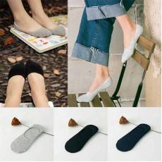 ถุงเท้าข้อสั้นไร้ขอบใต้ตาตุ่มมีกันลื่นแฟชั่นเกาหลี นำเข้า ฟรีไซส์ - พร้อมส่งBE0063 ราคา59บาท