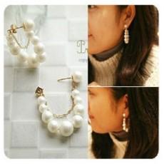 ต่างหูมุก สวยหรูระย้าวงแบบใหม่แฟชั่นสวย White Pearls Earrings นำเข้า สีขาว - พร้อมส่งW142 ลดราคา99บาท