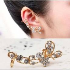 ต่างหูคลิป แฟชั่นเกาหลีรูปผีเสื้อคริสตัลหนีบใบหูสวย Crystal Clip Ear Cuff Stud Earring นำเข้า - พร้อมส่งW193 ลดราคา129บาท