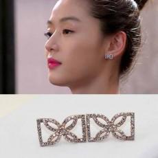 ต่างหูคริสตัล แฟชั่นใหม่ต่างหูรูปกลีบดอกไม้ทรงเหลี่ยม Elegant Crystal Earrings นำเข้า - พร้อมส่งW207 ลดราคา99บาท