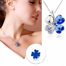 สร้อยคอคริสตัล แฟชั่นสวยหรูสวมนำโชค Crystal Lucky Clover Necklace นำเข้า สีน้ำเงิน - พร้อมส่งW330 ลดราคา99บาท