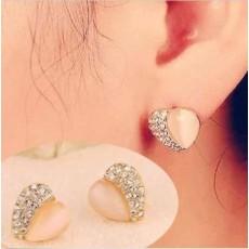 ต่างหูคริสตัล แฟชั่นเกาหลีโอปอลรูปหัวใจสไตล์อัญมณี Heart Crystal Earrings นำเข้า สีชมพู - พร้อมส่งW339 ลดราคา99บาท