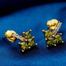 ต่างหูเพชร แฟชั่นเกาหลีประดับเพชรสวิสรูปหัวใจ CZ Yellow Gold Earrings นำเข้า สีเขียว - พร้อมส่งW358 ลดราคา99บาท