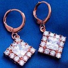 ต่างหูเพชร แฟชั่นเกาหลีแบบห่วงประดับคริสตัลรูปสี่เหลี่ยม CZ Gold Earrings นำเข้า สีขาว - พร้อมส่งW365 ลดราคา99บาท
