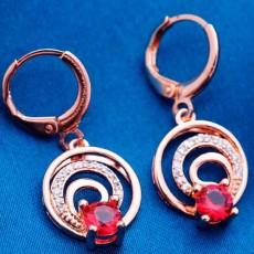 ต่างหูเพชร แฟชั่นเกาหลีแบบห่วงประดับคริสตัลคลื่นน้ำวงกลม CZ Gold Earrings นำเข้า สีแดง - พร้อมส่งW367 ลดราคา99บาท