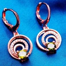 ต่างหูเพชร แฟชั่นเกาหลีแบบห่วงประดับคริสตัลคลื่นน้ำวงกลม CZ Gold Earrings นำเข้า สีเขียว - พร้อมส่งW367 ลดราคา99บาท