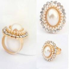 แหวนแฟชั่นเกาหลี ประดับมุกล้อมคริสตัลปรับขนาดได้ทองแท้เนื้อ 14K นำเข้า ไซส์7 สีทอง - พร้อมส่งW381 ราคา350บาท