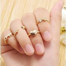 แหวนแฟชั่นเกาหลี เซ็ท4ชิ้นสวมข้อนิ้วอินเทรนด์ Heart Star Key Lock Ring นำเข้า สีทอง - พร้อมส่งW416 ราคา250บาท
