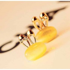 ต่างหูรูปกระต่าย แฟชั่นเกาหลีโอปอลผูกโบว์คริสตัล Rabbit Crystal Earrings นำเข้า สีเหลือง - พร้อมส่งW461 ลดราคา99บาท