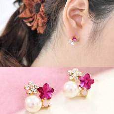 ต่างหูคริสตัล รูปดอกไม้และมุกหรูหราใหม่แฟชั่นเกาหลีสวย Crystal Pearl Earrings นำเข้า สีชมพู - พร้อมส่งW479 ลดราคา99บาท