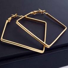 ต่างหูรูปสี่เหลี่ยม แฟชั่นเกาหลีทรงขนมเปียกปูน Geometry 18K Hoop Earrings นำเข้า สีทอง - พร้อมส่งW575 ลดราคา99บาท