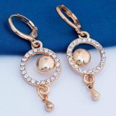 ต่างหูคริสตัล แฟชั่นเกาหลีต่างหูห่วงวงกลมแต่งตุ้งติ้งสวย 18K GOLD Earring นำเข้า สีทอง - พร้อมส่งW599 ลดราคา99บาท