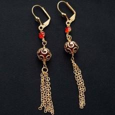 ต่างหูระย้า แฟชั่นเกาหลีประดับลูกปัดสีแดงตุ้งติ้งสวยหรู  24K Drop Tassel Earrings นำเข้า สีทอง - พร้อมส่งW644 ลดราคา99บาท