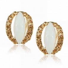ต่างหูรูปวงรี แฟชั่นเกาหลีเรซิ่นแต่งทองระยิบระยับ Jewelry Earrings เป็นของขวัญ นำเข้า สีขาว - พร้อมส่งW675 ลดราคา99บาท
