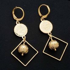 ต่างหูระย้า แฟชั่นเกาหลีประดับคริสตัลกลมสีขาวตุ้งติ้งสวยหรู 24K Drop Earrings นำเข้า สีทอง - พร้อมส่งW683 ลดราคา99บาท