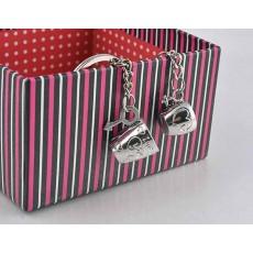 พวงกุญแจถ้วยสีเงิน ดีไซน์คู่รักชายหญิง Cute Couple Love Heart Cup Key Ring นำเข้า สีเงิน - พร้อมส่งW758 ราคา129บาท