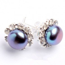 ต่างหูมุกแท้ ขนาด7-8mm ล้อมคริสตัลก้านเงินแท้925 Genuine Pearl Earrings นำเข้า สีดำ - พร้อมส่งW774 ราคา550บาท
