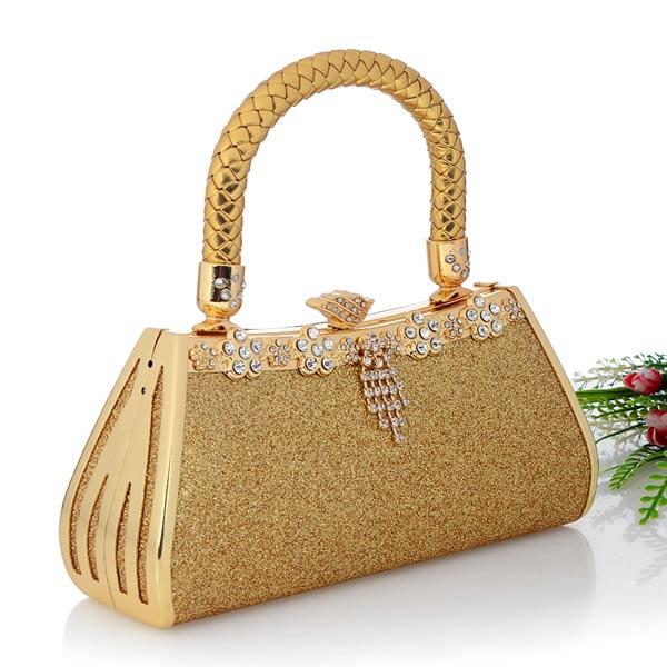 กระเป๋าคลัชออกงาน กระเป๋าถือผู้หญิงแฟชั่นเกาหลีเข้าชุดราตรีงานแต่ง นำเข้า เนื้อทรายสีทอง - พร้อมส่งAP2547 ราคา1500บาท