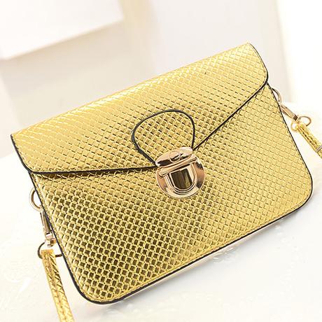 กระเป๋าสีทอง ใบเล็กใช้ออกงานสะพายได้ถือสวยสไตล์แฟชั่นเกาหลี นำเข้า - พร้อมส่ง