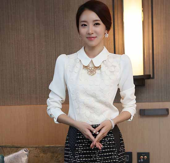 เสื้อเชิ้ต แฟชั่นเกาหลีคอบัวดอกไม้สวยมาก นำเข้า ไซส์Sถึง2XL สีขาว