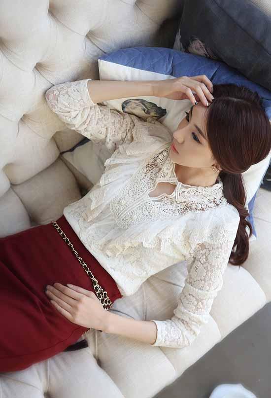 เสื้อลูกไม้ แฟชั่นเกาหลีแขนยาวระบายอกสวย นำเข้า ไซส์Sถึง2XL สีขาว